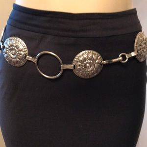 Accessories - Silver circle belt